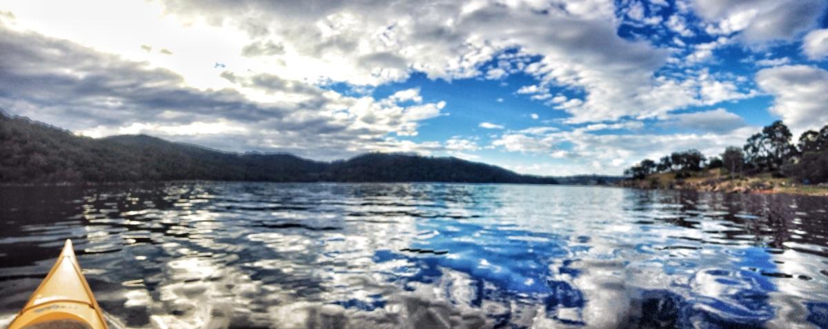 Jindabyne Kayaking: Lake Jindabyne